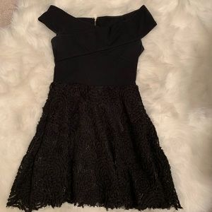 Dresses & Skirts - Black dress